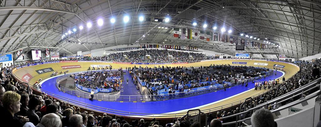 Velodrome track racing